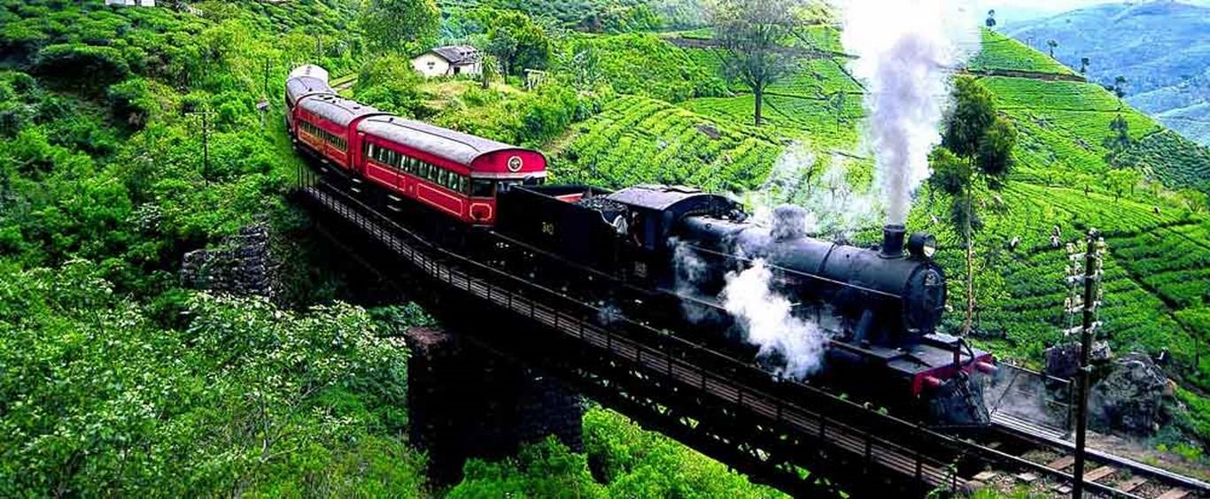 Risultati immagini per treno srilanka